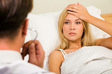 Болит правый висок: причины сильной боли и что делать